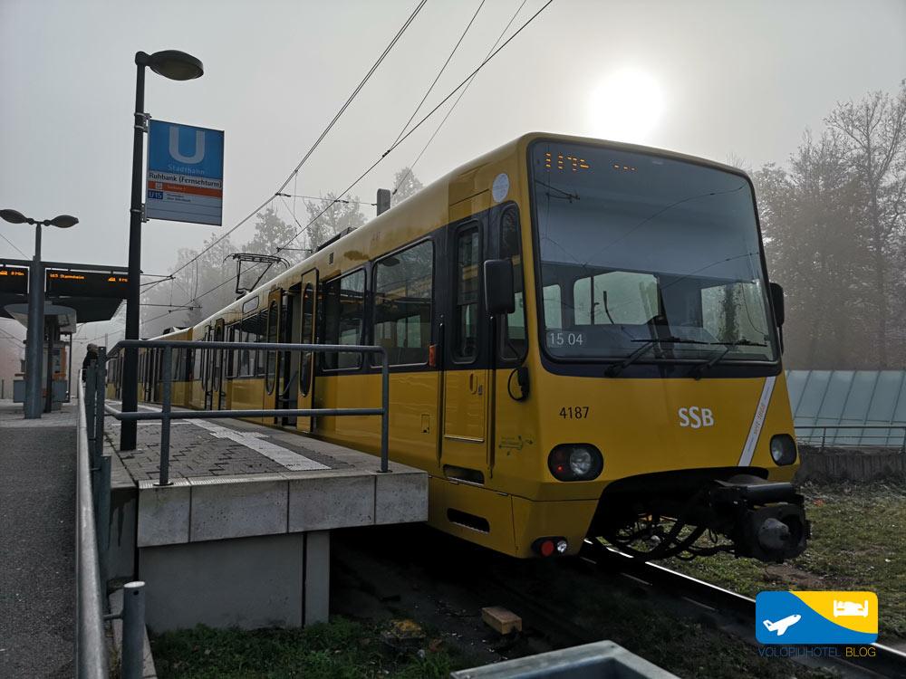 Metro che porta alla torre