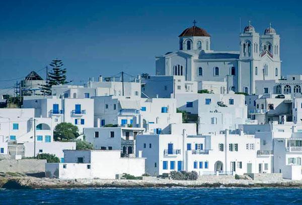 Come arrivare a Paros voli e traghetti