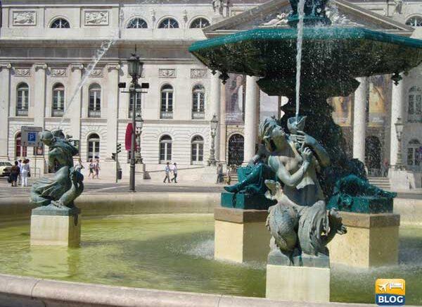 Piazza del Rossio a Lisbona come arrivare