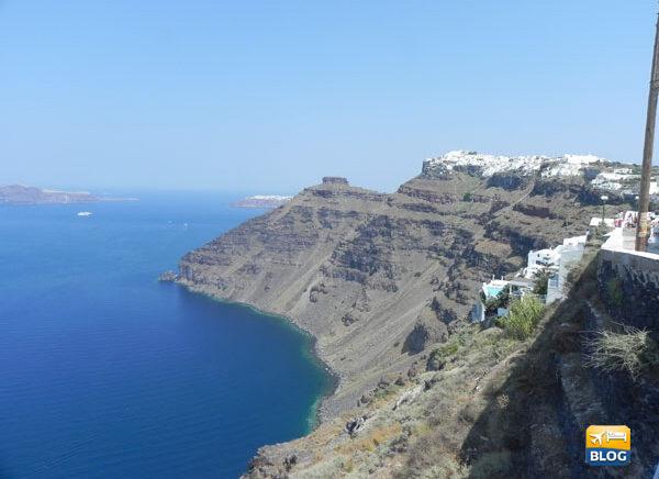 Come arrivare a Santorini voli e traghetti
